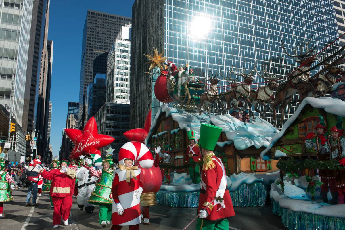 New York Hotels For Thanksgiving Parade