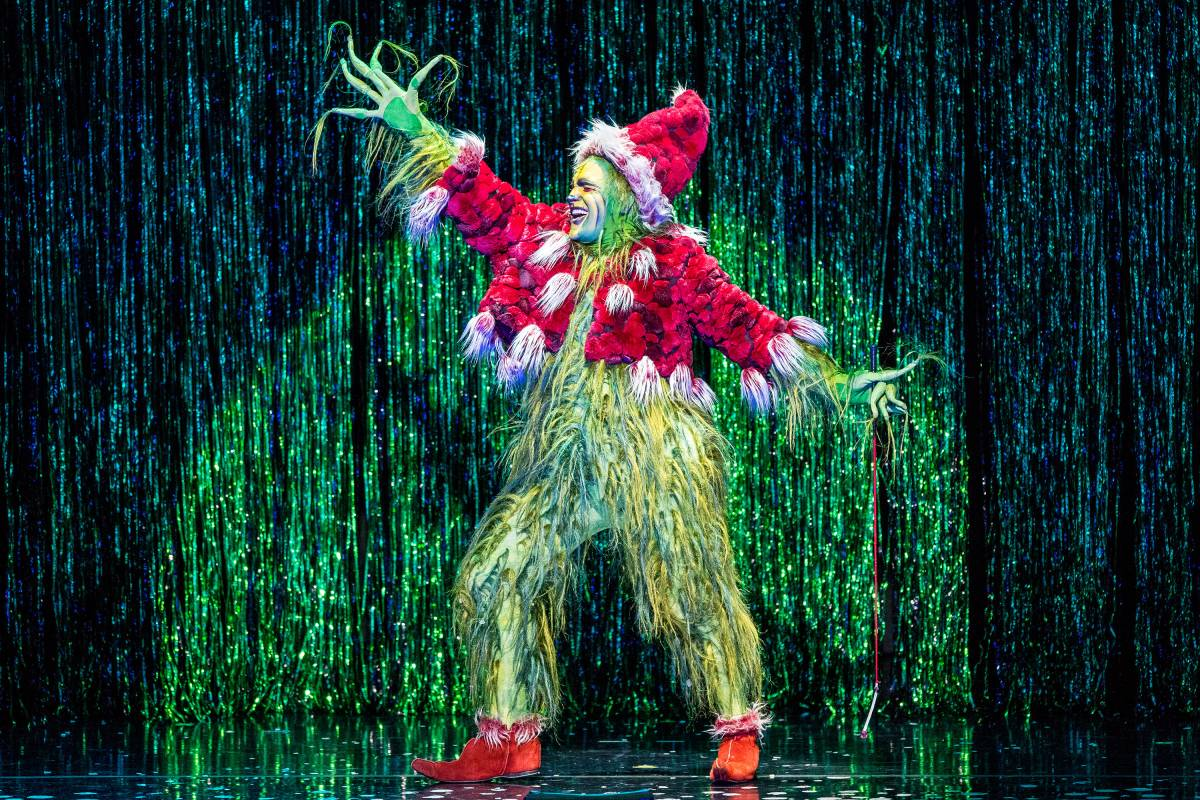 Dr  Seuss' How the Grinch Stole Christmas! The Musical | The