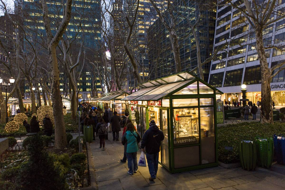 Bryant Park Christmas Market.The Holiday Shops At Winter Village At Bryant Park