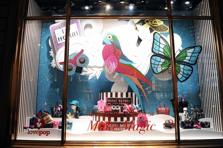 Christmas Window Displays.New York City S Holiday Window Displays Nycgo