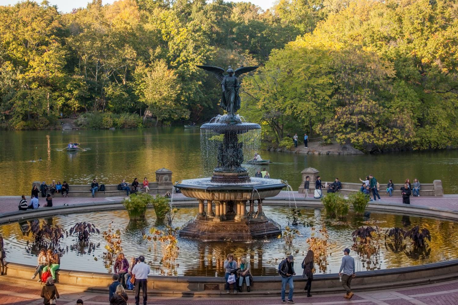 Central park views the official guide to new york city for Attractions near new york city