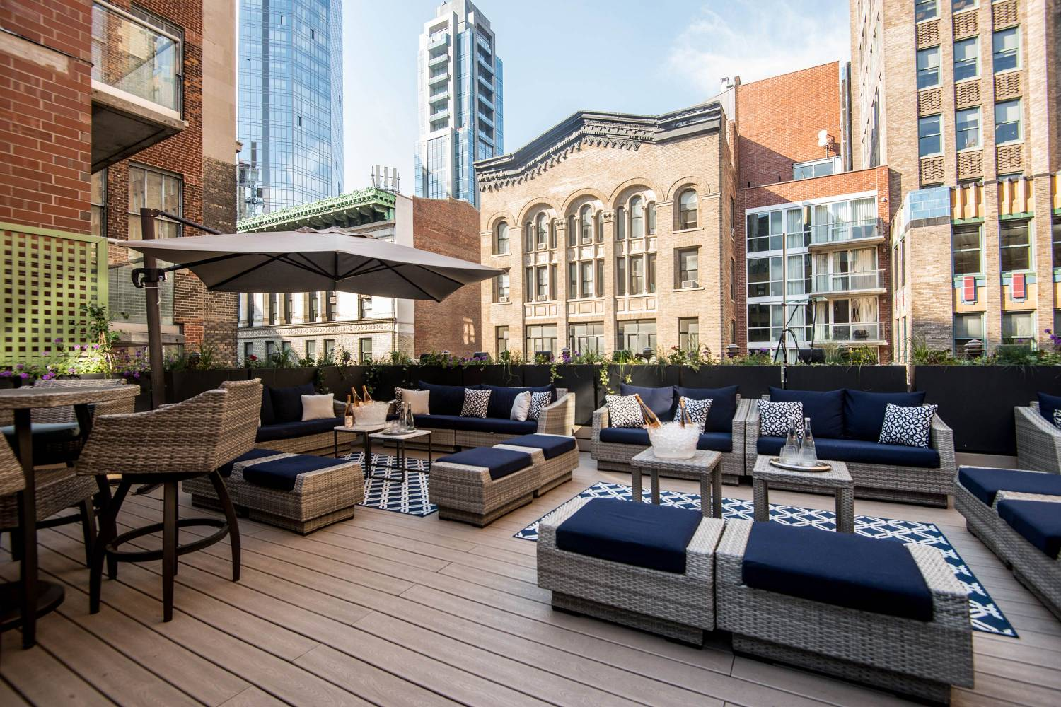 Rooftop Hotels NYC - Best Rooftops in New York City
