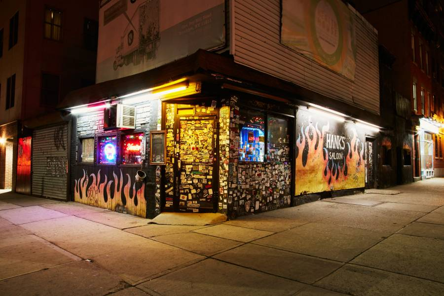 Best Dive Bars In NYC Cheap Drinks In New York City - Map of dive bars in us