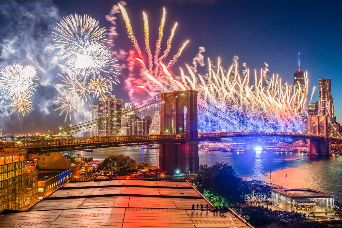 Best july events in new york city the official guide to for Things to do in nyc evening