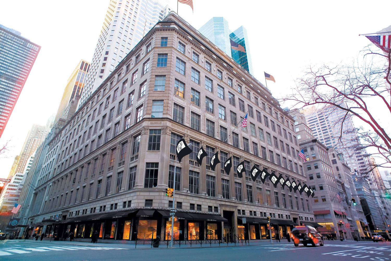 Saks Fifth Avenue New York: 611 Fifth Ave., NYC Shopping Guide on dillard's map, hudson's map, flatiron building map, macy's map, kmart map, nordstrom map, lowe's map, petco map, rockefeller center map, kroger map, new york city map,