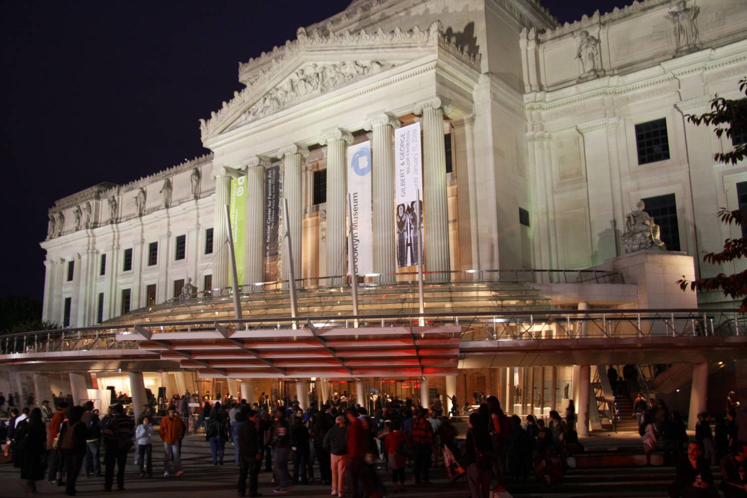 Brooklyn Museum exterior at night