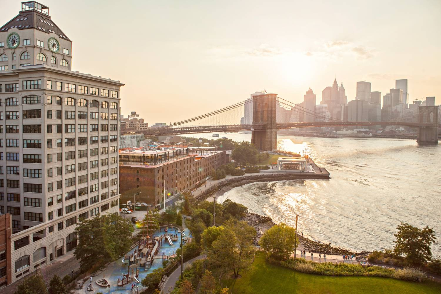 View of the Brooklyn Bridge and Brooklyn Bridge Park from the Manhattan Bridge