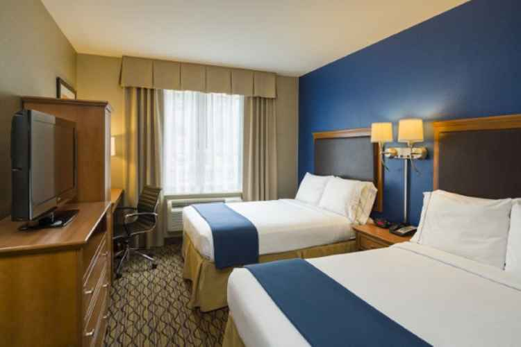 Holiday Inn Express Madison Square Garden, room