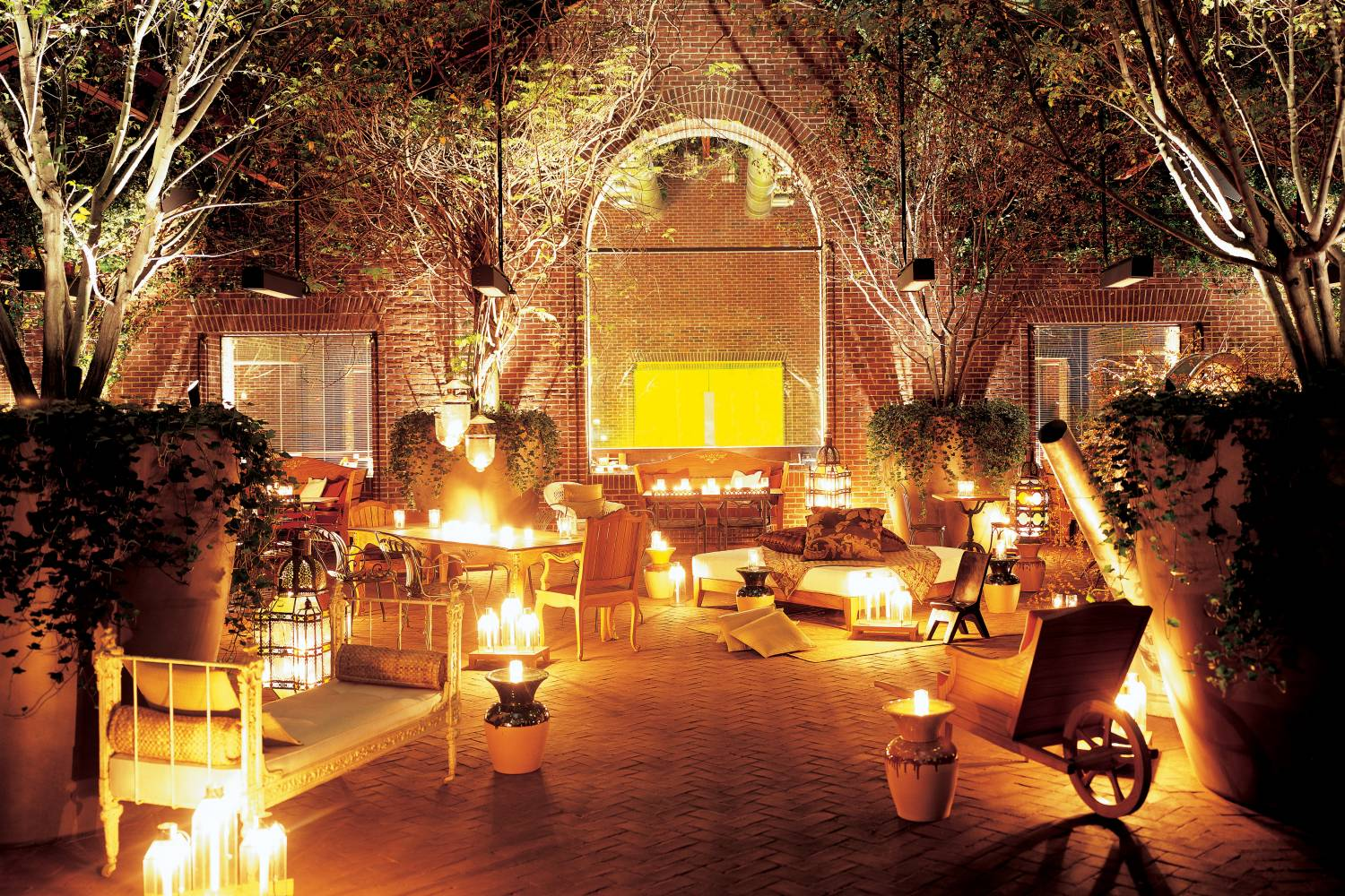 outdoor patio at night in Hudson New York