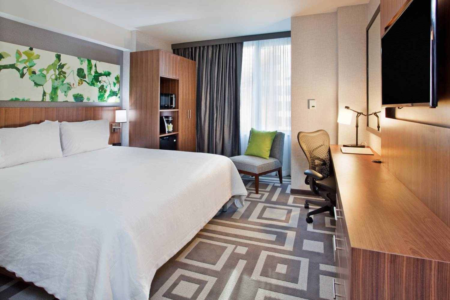 Hilton Garden Inn Central Park South The Official Guide To New York City