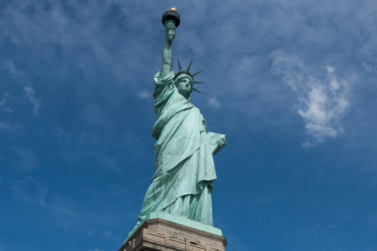 Statue of Liberty National Monument: Your Always Up to ...