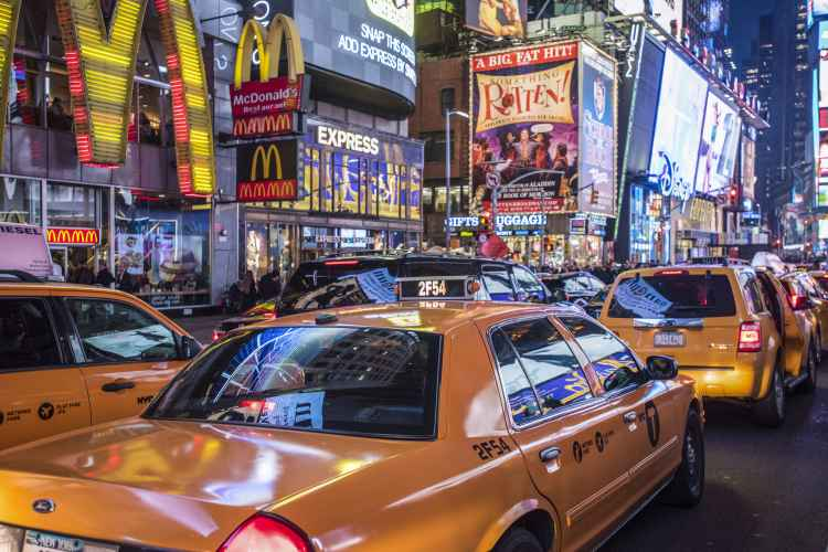 Times Square, taxis