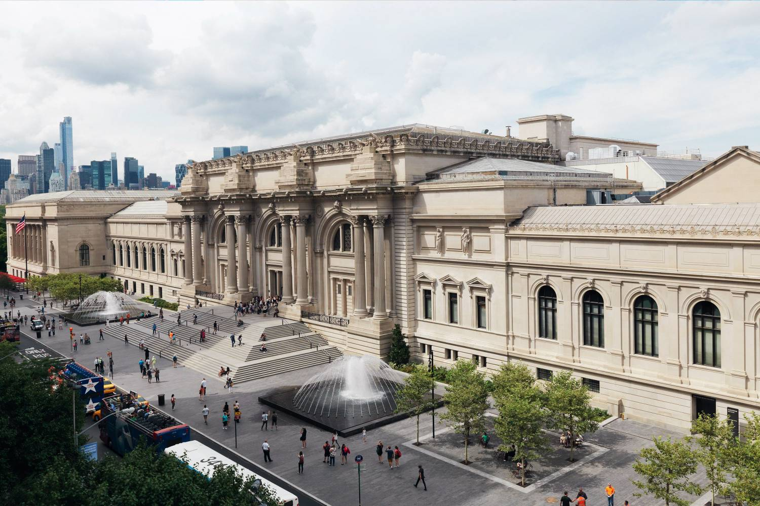 Birdseye view of the Metropolitan Museum of Art in Museum Mile NYC