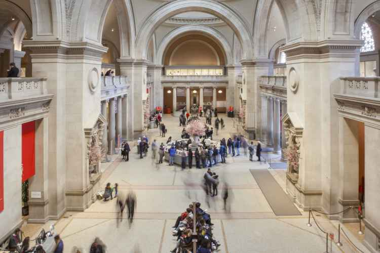 The Met Fifth Avenue, main hall