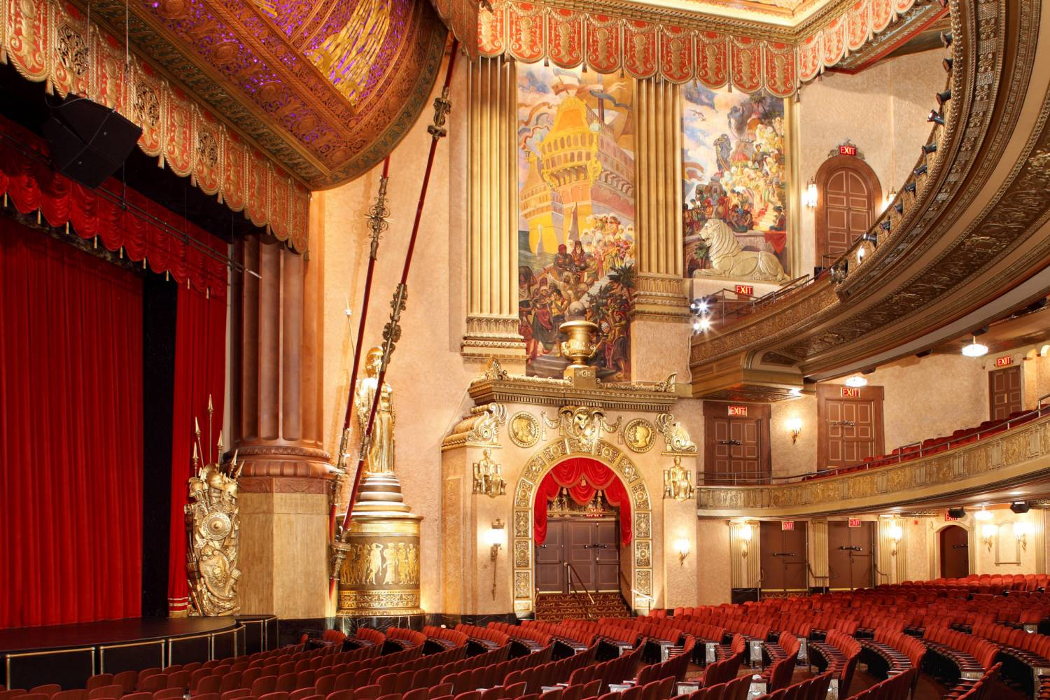 Beacon Theatre, interior