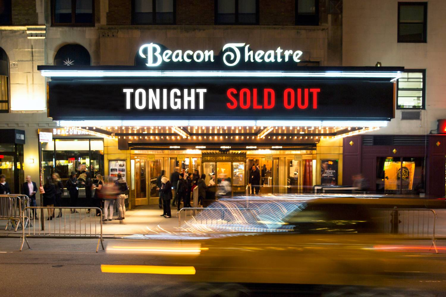 Beacon Theatre, marquee