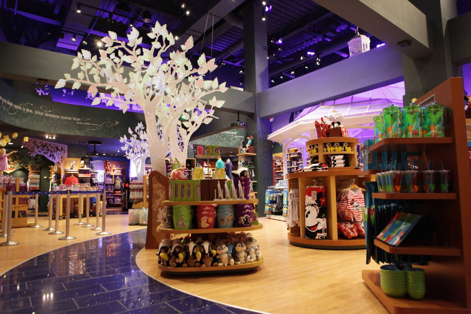 Disney Store Times Square, interior