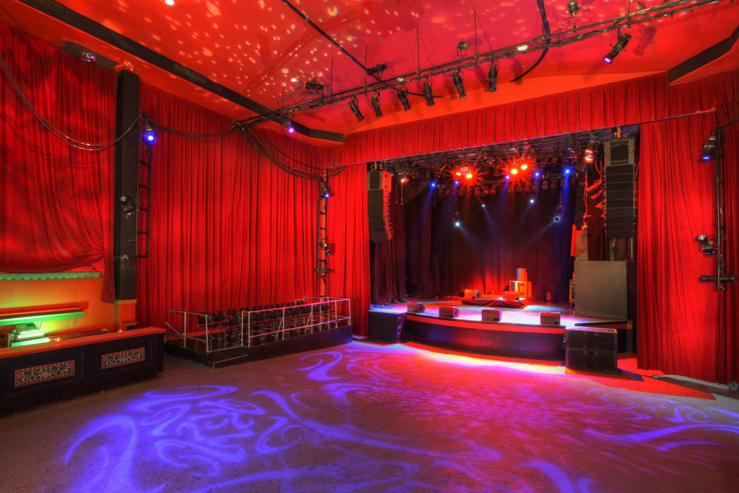 Gramercy Theatre stage