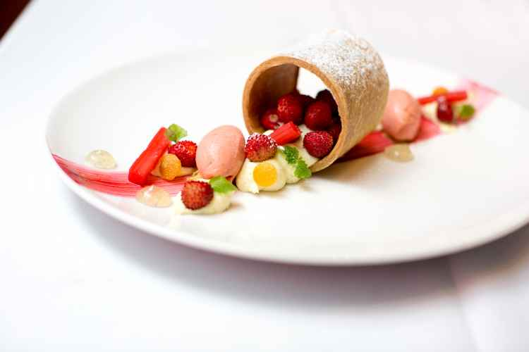 Aureole, Wild-strawberry-mille-feuille