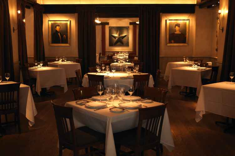 Gramercy Tavern The Official Guide To New York City
