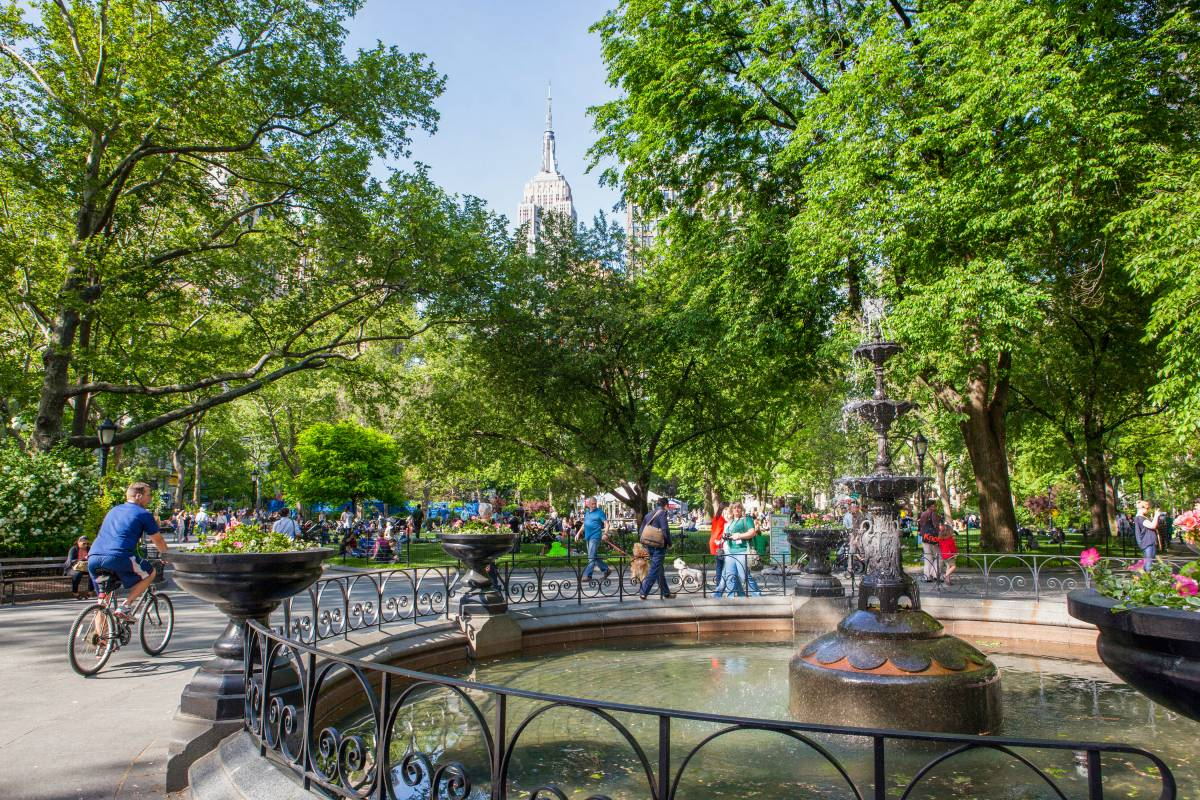 Madison Square Park  The Official Guide to New York City