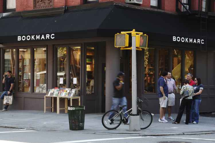Bookmarc, corner
