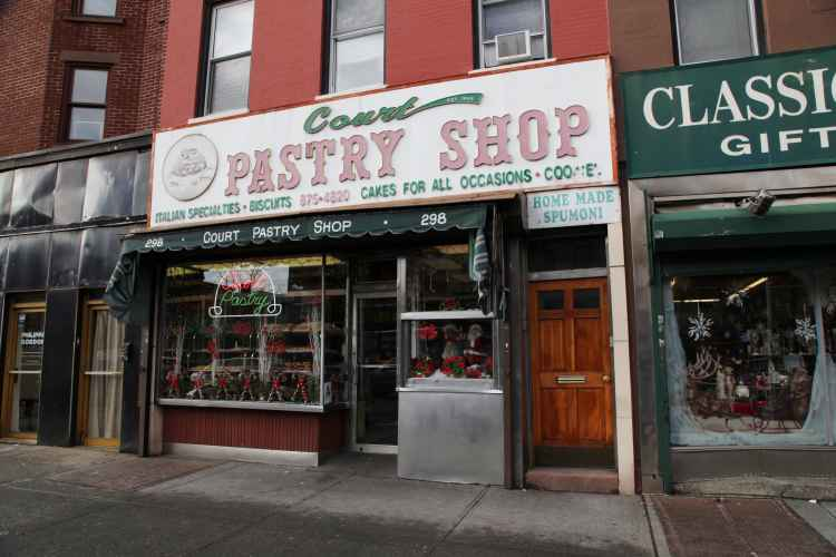 exterior of Court Pastry Shop in Carroll Gardens