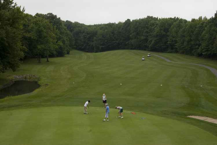 South Shore Golf Course, tee