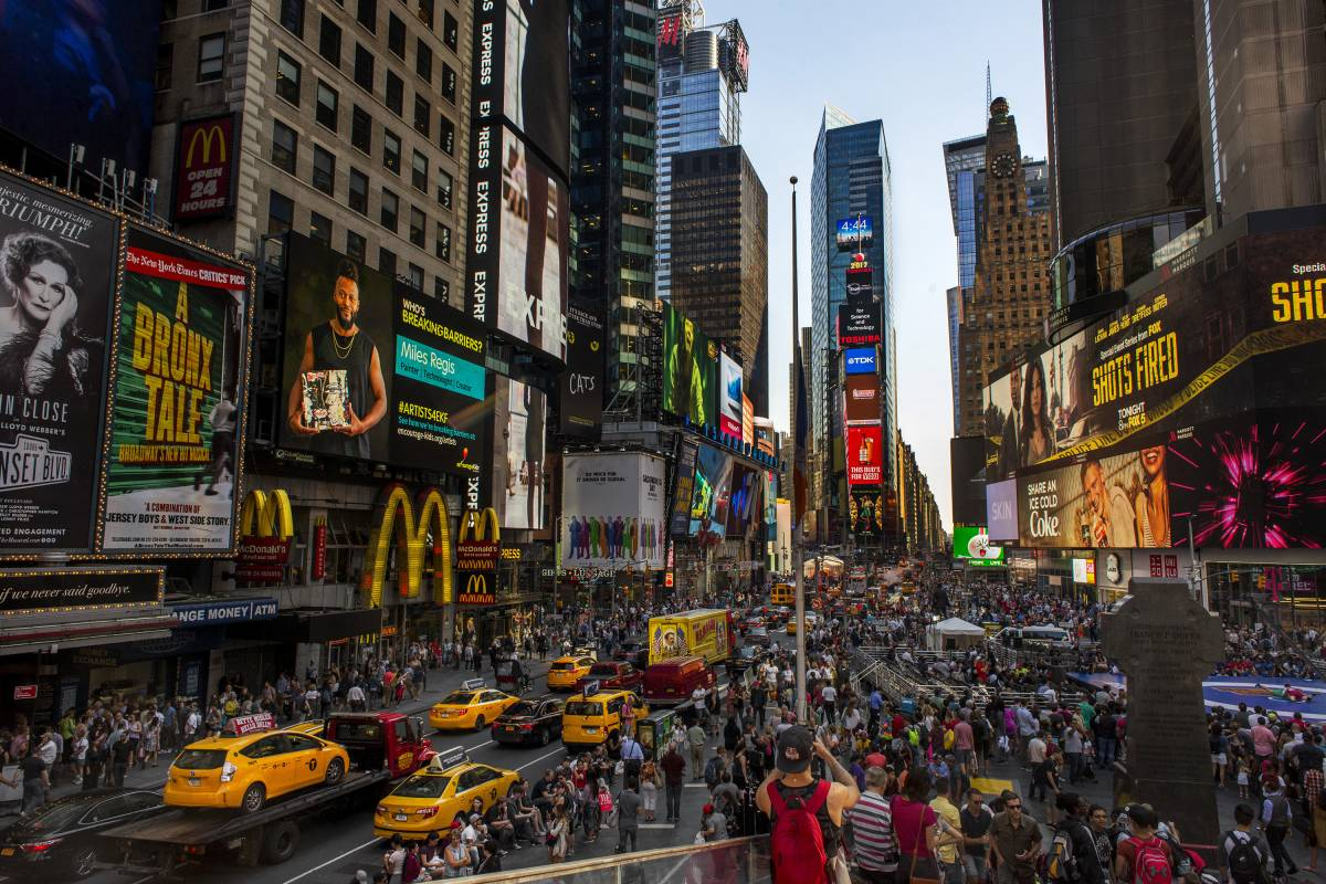 Fun Facts About Times Square Annual Visitors Lighting